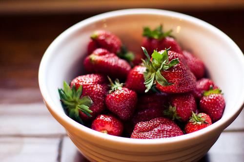 варенье из клубники рецепт с цельными ягодами
