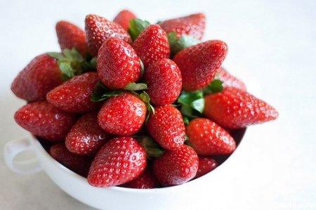 Варенье из клубники целыми ягодами в мультиварке